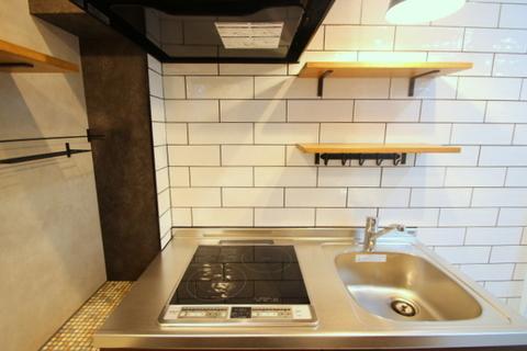 206号室キッチン2
