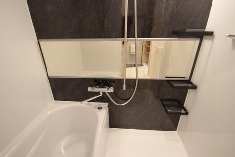 206号室バスルーム