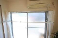 room408_010.JPG室内物干スペース